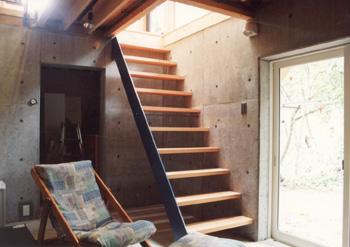 狐台の家地下室