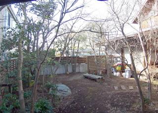 冬の庭1.jpg