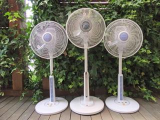 扇風機3兄弟1.jpg