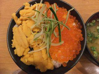 ウニイクラ丼1.jpg