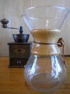 "<a href=""http://morikentiku.at.webry.info/201002/article_11.html"" target=""_blank"">在りし日のドリップコーヒー器</a><br /> http://morikentiku.at.webry.info/201002/article_11.html"