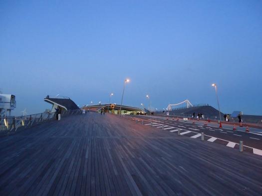 横浜大桟橋1.jpg